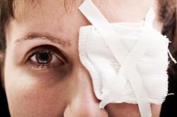 Деструкция при травме глаза